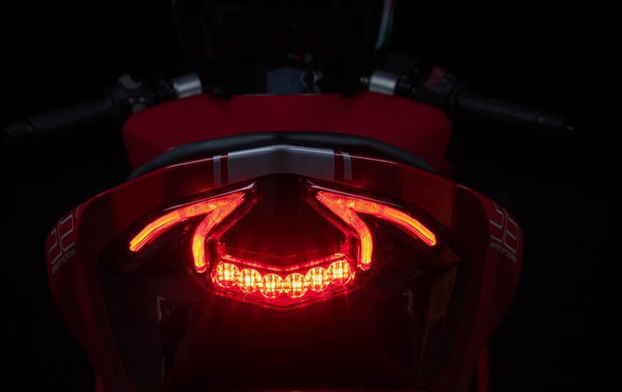 Tail-Light (2)